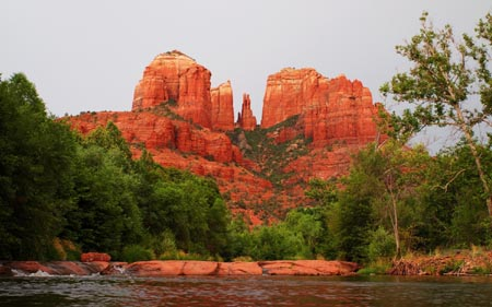 sedona dating Sedona has developed into a full-fledged upscale gay friendly vacation getaway with an especially keen following among hikers and mountain bikers, new agers, artists, lesbians and.