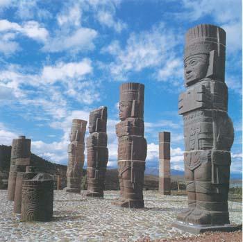 Atlantes statues Tula