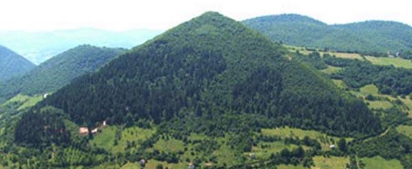 Bosnia pyramid tours