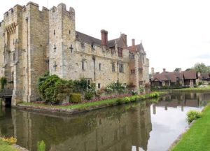 hever-castle-and-moat