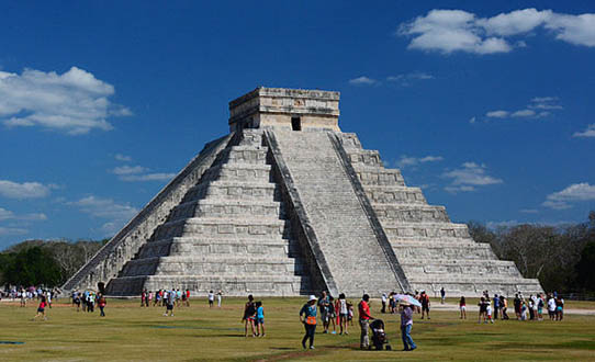 Maya pyramid Mexico tour